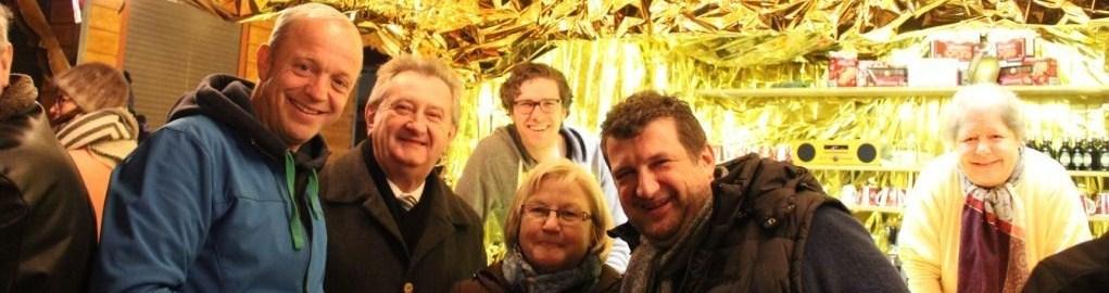 Goldene Hütte am Christkindlmarkt