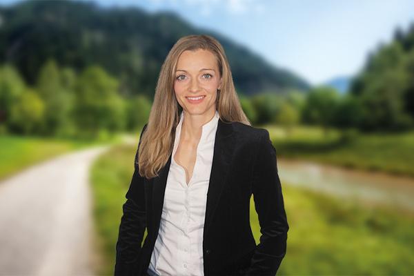 Dr. Stephanie Greil-Lidl